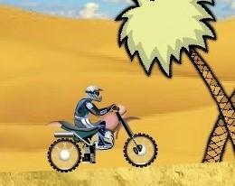 На байке в пустыне