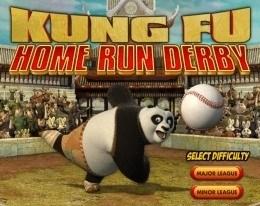Панда играет в бейсбол
